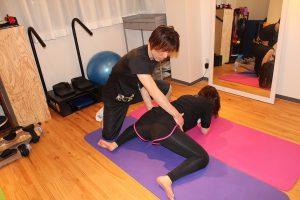 股関節の柔軟改善、リンパストレッチ