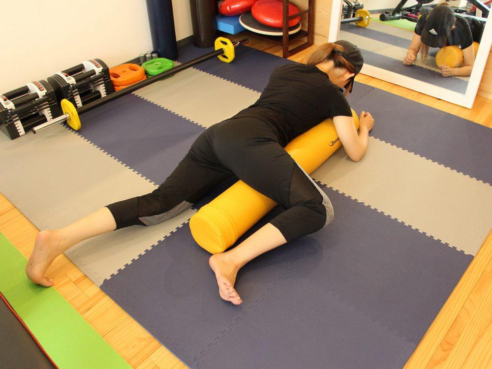 肩こり腰痛改善のポールストレッチ